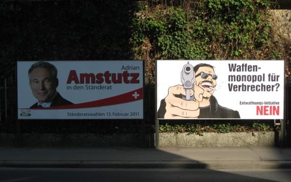 Der halbe Kanton ist zur Zeit mit Amstutz-Plakaten vollgekleistert. Im ersten Wahlgang hatte Adrian Amstutz stark von der Mobilisierung gegen die Waffenschutzinitiative profitiert.
