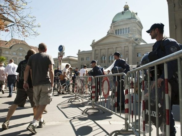 1000 Polizisten für 4000 Teilnehmer